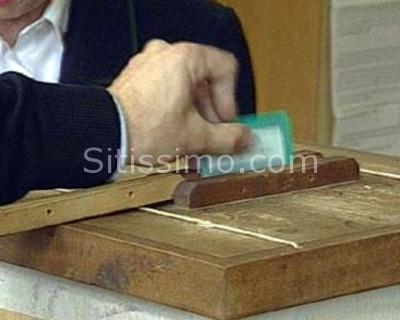 Niente cellulare (con fotocamera) nella cabina di voto, alle prossime elezioni politiche